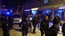 ULUBATLı HASAN - Adana'da Kavgaya Müdahale Eden Bekçilere Saldırı
