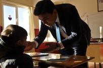 Arguvan Kaymakamı Şahin Okulları Denetliyor