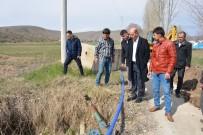 ŞEBEKE HATTI - Başkan Bozkurt, İçme Suyu Şebeke Hattı Döşeme Çalışmalarını Yerinde İnceledi