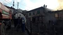 Kastamonu'da Yangında İki Ev Kullanılamaz Hale Geldi