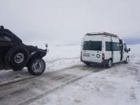 Tipi Yolu Kapattı, Cenazeye Giden 55 Kişi Mahsur Kaldı