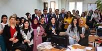 ALI ÇOLAK - Adana Adliyesi'nde Kadınlara '8 Mart' Karanfili