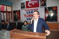 UĞUR AYDEMİR - AK Parti'li Aydemir Ve Yavaş Sarıgöl'de Kadınlara Karanfil Dağıttı