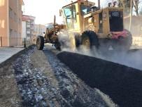 Asfalt Ekipleri 523. Sokak'ta Çalışmalara Başladı