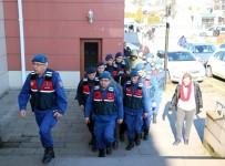 KONURALP - Düzce'de Jandarmadan Hırsızlara Geçit Yok Açıklaması 5 Kişi Yakalandı