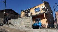 Evleri Yanan Yaşlı Çift Köylüler Tarafından Kurtarıldı