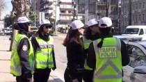 TRAFİK DENETİMİ - Hatay'da Trafiğe Yön Veren Kadın Polisler