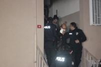 İstanbul'da Yangın Açıklaması 4'Ü Çocuk 16 Kişi Kurtarıldı