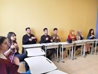 Kadınlar Günü İçin İşaret Diliyle Video Çektiler