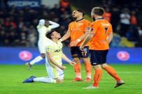 SERDAR AZİZ - Fenerbahçe Deplasmandan Eli Boş Döndü