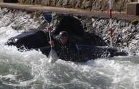 ÇORUH - Rize'de kano yarışları nefesleri kesti