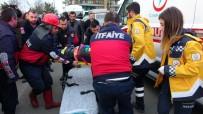 ALİHAN - 20 Metreden Aşağıya Uçmaktan Son Anda Kurtuldular Açıklaması 2 Yaralı