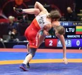 MİLLİ SPORCULAR - Avrupa Güreş Şampiyonası'nda 3 Kadın Güreşçi Yarı Finalde