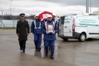 ASKERİ PERSONEL - Kaza Kurşunuyla Şehit Düşen Uzman Onbaşı, Memleketine Uğurlandı
