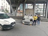 METROBÜS DURAĞI - Takla Atan Araç Trafiği Durma Noktasına Getirdi