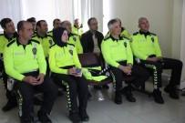 CUMHURIYET ÜNIVERSITESI - Trafikçilere Beden Dili Eğitimi