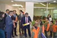 Vali Yazıcı'dan Öğrencilere Satranç Takımı