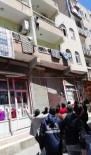 VİRANŞEHİR - Balkondan Düşen Çocuğu Vatandaşlar Havada Yakaladı