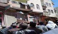 VİRANŞEHİR - Balkondan Düşen Çocuğun Havada Yakalanması Kamerada