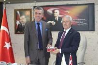 YALÇıN SEZGIN - Bucak Belediye Başkanı Emrullah Ünal Mazbatasını Alıp Göreve Başladı