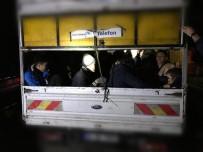 KAÇAK MÜLTECİ - Çanakkale'de 47 Afganistan Uyruklu Kaçak Mülteci Yakalandı