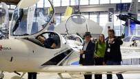 'Türk Kartalı' Uçak Filosu Almanya'nın Gözde Havacılık Fuarında