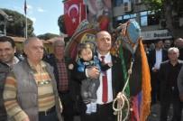 Yeni Seçilen Başkan, Belediye'deki Makamına Devesi İle Geldi