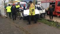 Ağaca Çarpan Otomobilde Can Pazarı Açıklaması 1 Ölü