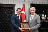 Başkan Başdeğirmen'nden ISUBÜ'nün Gelişimi İçin Birlik Beraberlik Mesajı