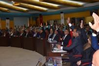 MEHMET YıLDıZ - Başkan Bozdoğan İlk Meclisi Toplantısını Yaptı