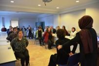 SAĞLIKLI HAYAT - Kütahya'da Kurumlardaki Masa Başı Çalışanlarına Egzersiz Eğitimi