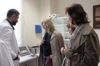 FİZİK TEDAVİ - Slovak Heyet Hastaneye Hayran Kaldı