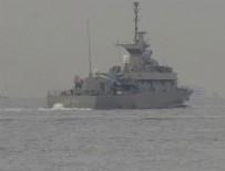 MARMARA DENIZI - Yunan savaş gemisi Boğaz'dan geçti