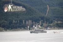 MARMARA DENIZI - Yunan Savaş Gemisi Çanakkale Boğazı'ndan Geçti
