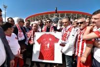 SAKIP SABANCI - Antalyaspor'un Simgesi Akrep Heykeli Törenle Açıldı