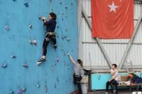 ULUDAĞ ÜNIVERSITESI - Nilüfer'de Üniversitelilerin Spor Heyecanı Başladı