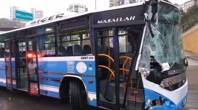 Ankara'da kaza! Halk otobüsü yol temizleme aracına çarptı