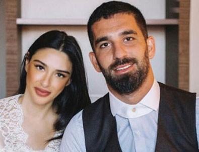 Arda Turan'ın eşi Aslıhan Doğan Turan: Haddiniz hariç her şeyi biliyorsunuz!
