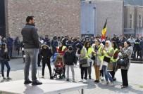 FLAMAN - Belçika Polisinin Öldürdüğü Faslı Mohamed Sessiz Bir Eylemle Anıldı