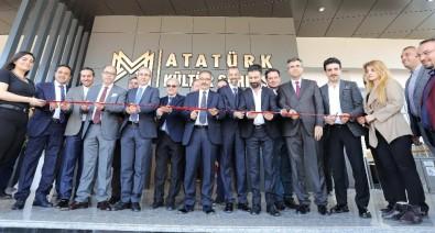GAÜN Atatürk Kültür Sahnesi Yenilenerek Lansman Konseriyle Açıldı