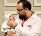 YENIDOĞAN - 45 Günlük Bebek, Geçirdiği İki Ameliyatla Sağlığına Kavuştu