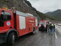 GÜVENLİK GÜÇLERİ - Antalya'da Feci Kaza Açıklaması 3 Ölü, 14 Yaralı
