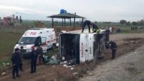 Denizli'de Öğrencileri Taşıyan Otobüs Devrildi Açıklaması 34 Yaralı