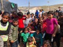 LONDRA - Dua Lipa, Mülteci Kampını Ziyaret Etti