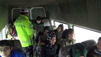 CAN GÜVENLİĞİ - Erzurum'da Öğrenci Servisleri Denetlendi