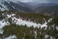 Karla Kaplı Yolu Ulaşıma Açılınca Arap Turistler Soluğu Orada Aldı