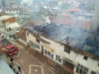 MEHMET AKİF ERSOY - Manisa'da Ev Yangını Korkuttu
