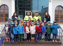 TRAFİK TESCİL - Ana Sınıfı Öğrencileri Emniyet Müdürlüğü'nü Ziyaret Etti