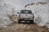 KARLA MÜCADELE - Karla Mücadele Çalışması Baharda Da Devam Ediyor
