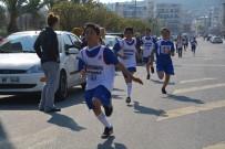 19 MAYıS - Aliağa'da Okullar Arası Koşu